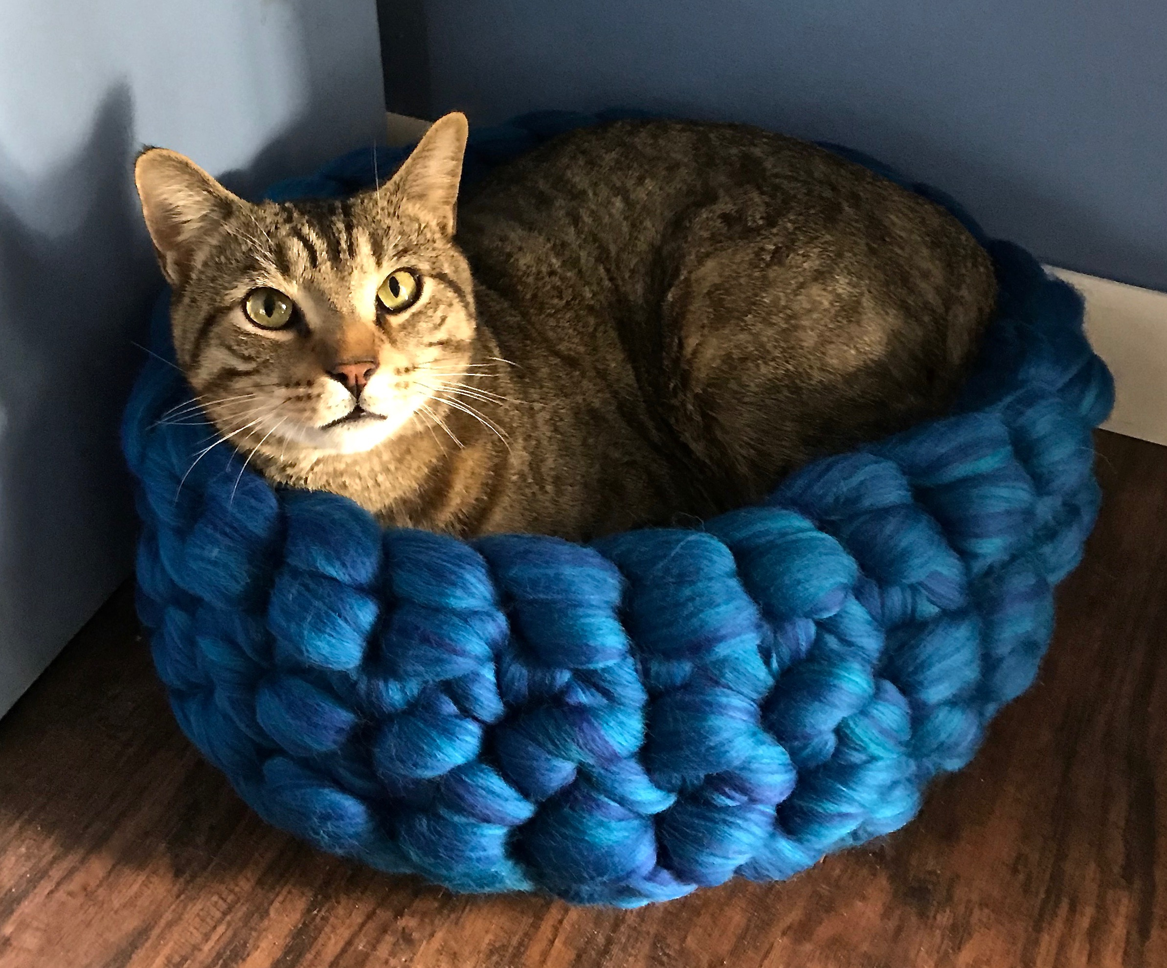 Crochet Cozy Cat House - Free Patterns - DIY 4 EVER | 1979x2386